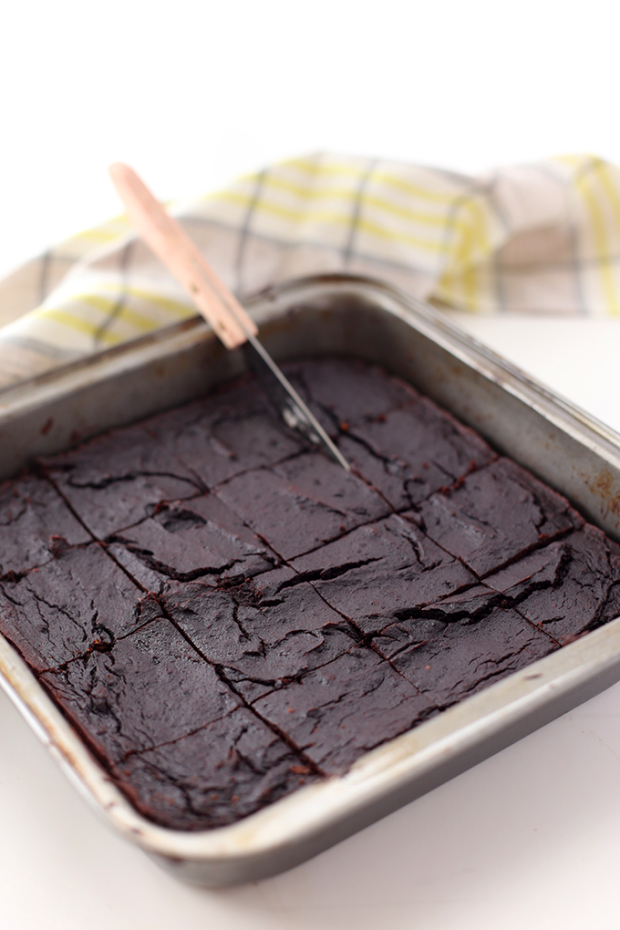 Avocado-Brownies-2.png